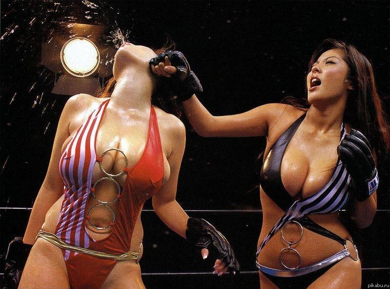boks-absolyutno-golih-zhenshin