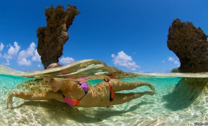 Статус про море пляж девушка в купальнике
