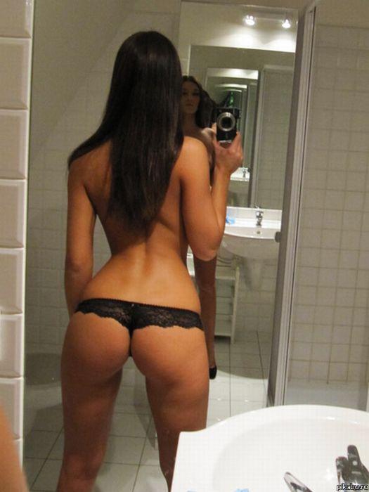 Девушка фоткает свою попу зеркало фото 484-108