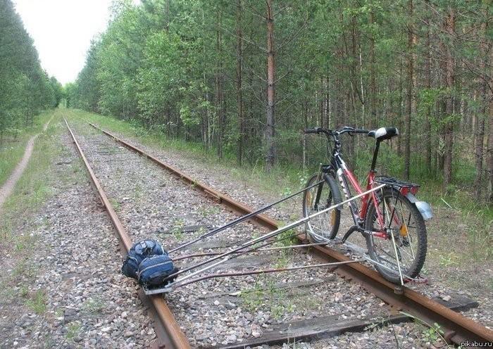 Как сделать чтобы вагонетка ехала по рельсам
