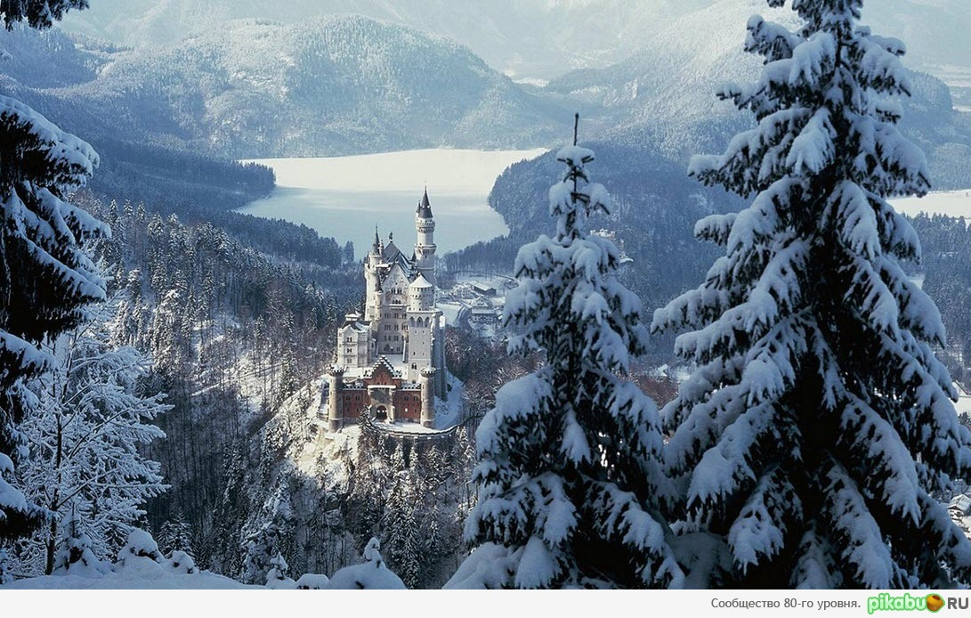 Замок Нойшванштайн зимой.: http://pikabu.ru/story/zamok_noyshvanshtayn_zimoy_319196