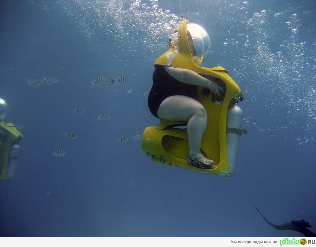 Толстушки под водой 25 фотография