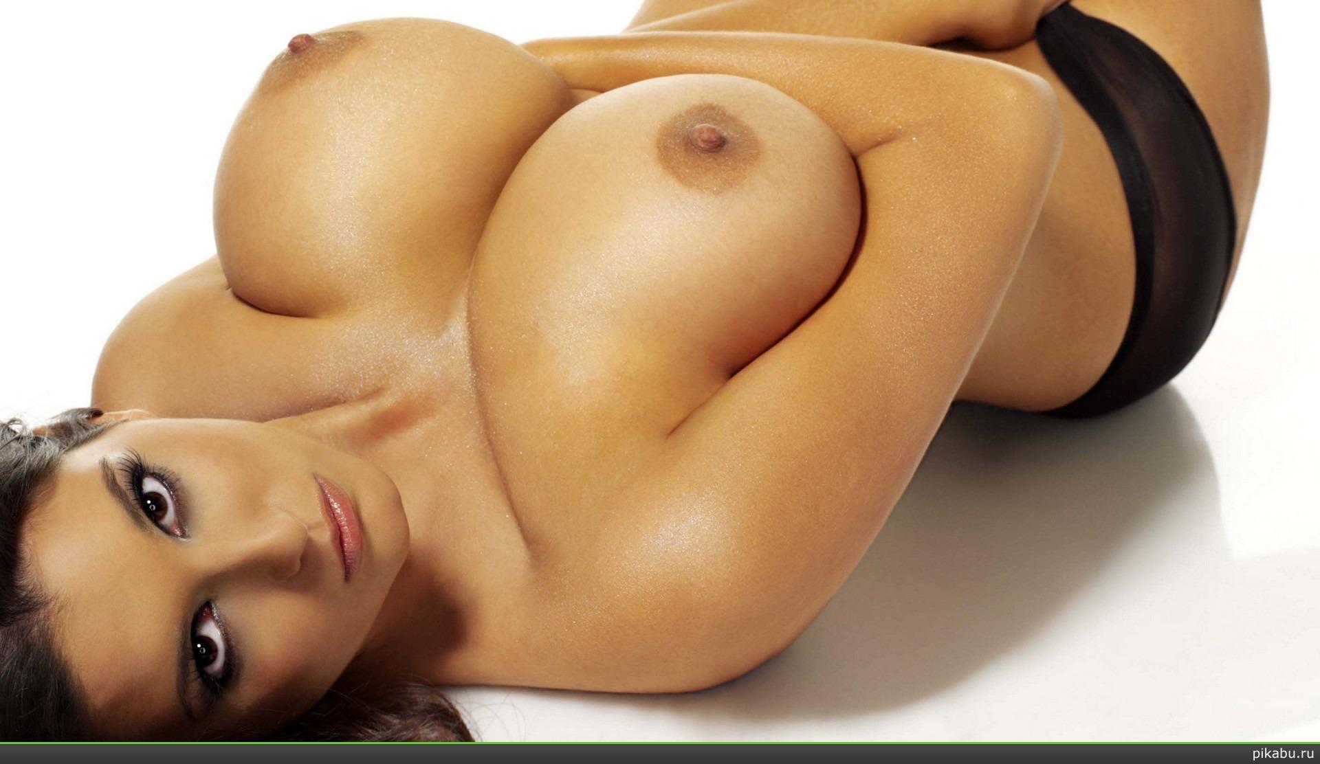 Потрясная грудь онлайн 7 фотография