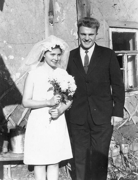 Жириновский и его жены и дети фото