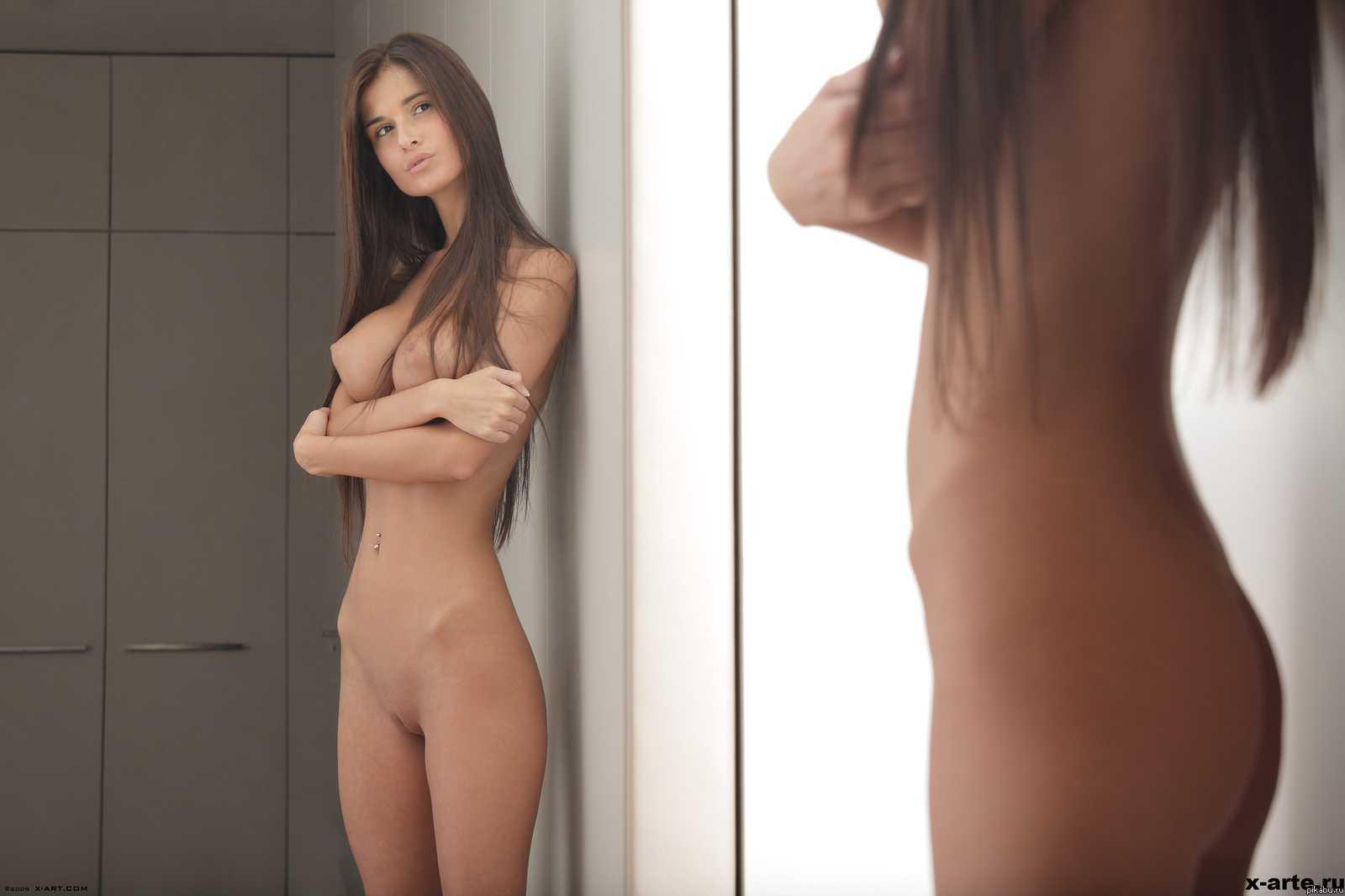 Фото красивые девушки артистка голые 27 фотография