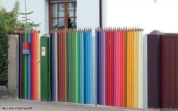 Забор из карандашей своими руками