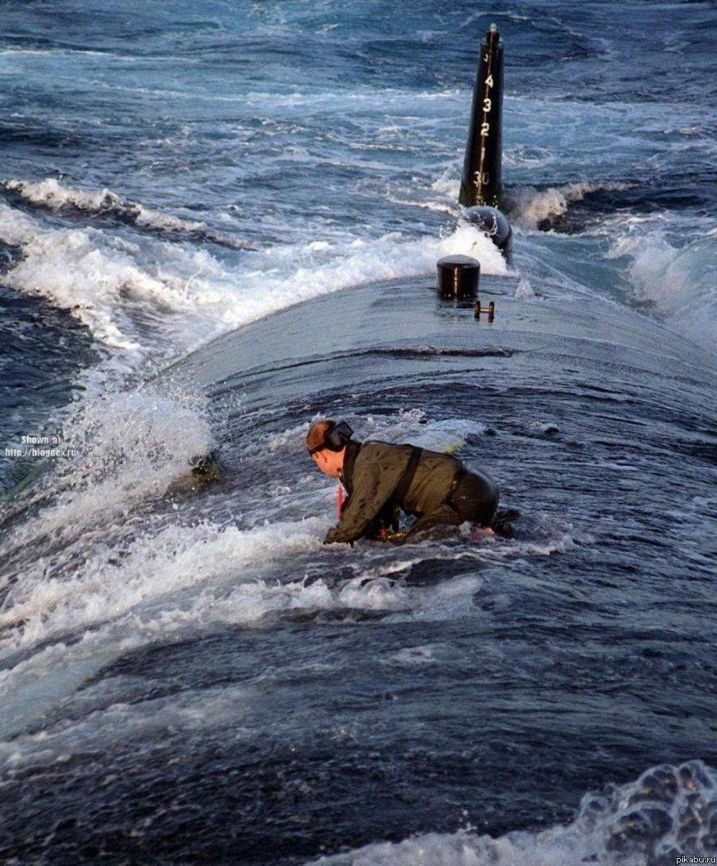 стихи о подводных лодках