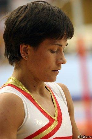 Пятое место на Олимпиаде 2012 в соревнованиях по спортивной гимнастике (Опорный прыжок) - в 37(!) лет Чусовитина Оксана Александровна