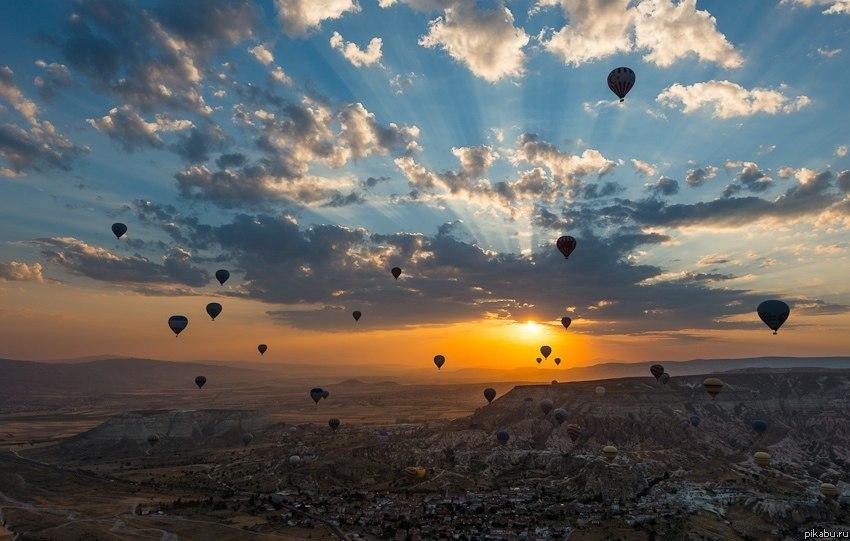 воздушные шары фото в небе