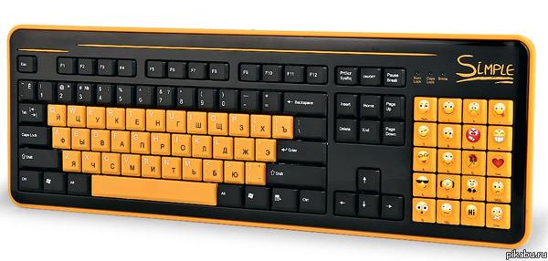 Клавиатура для соцсетей. Сколько было приколов на эту тему и, вот, получите. CBR Simple S8