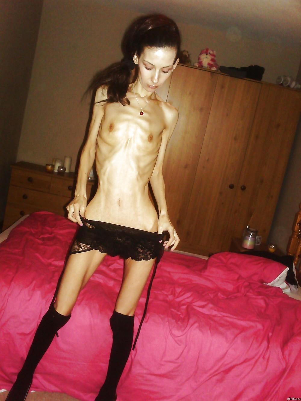 Злая картинка для постоянно худеющих девушек( Цветущие и весёлые