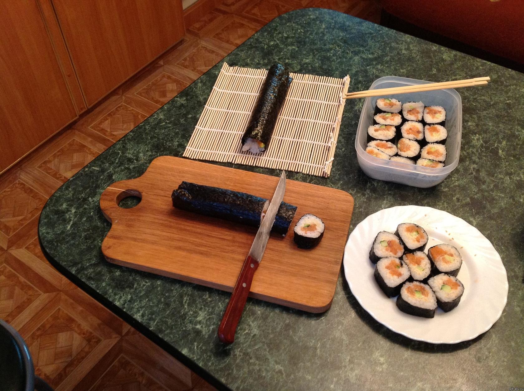 Японская кухня =) В продолжение темы еды и готовки))  Решил сегодня порадовать родителей и себя самого, и приготовил им ужин) Собственно вот, что из этого вышло)
