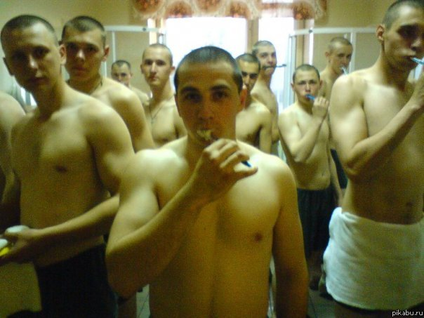 Солдаты ебут друг друга в армии фото 451-814