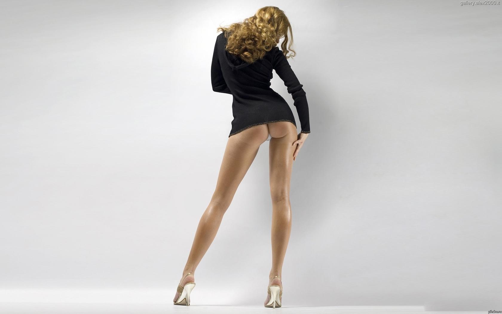 Женкие ноги и попа
