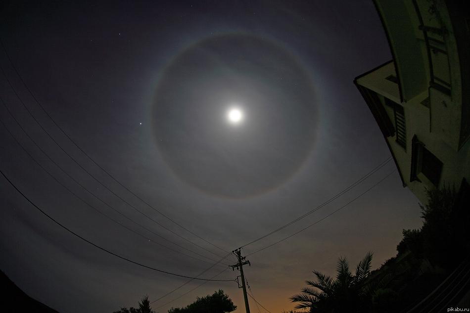 Что сегодня были за круги вокруг солнца